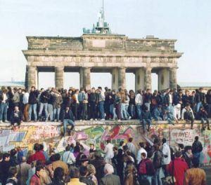 caduta-muro-berlino-21