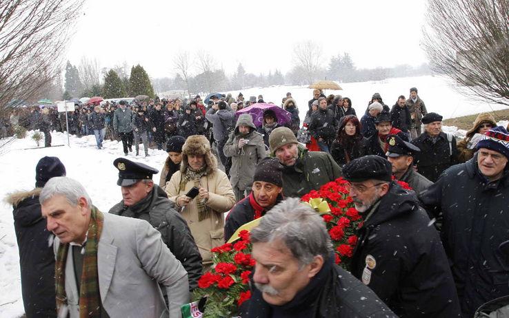 funerali_gallinari_fotogramma_8_jpg